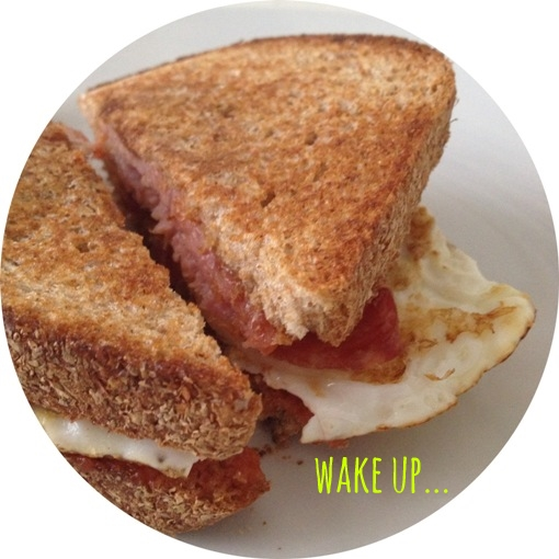wake up... bacon and fried egg sandwich