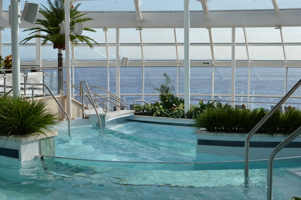 Royal Caribbean Quantum of the Seas Pre-Inaugural Voyage Solarium Deck 004