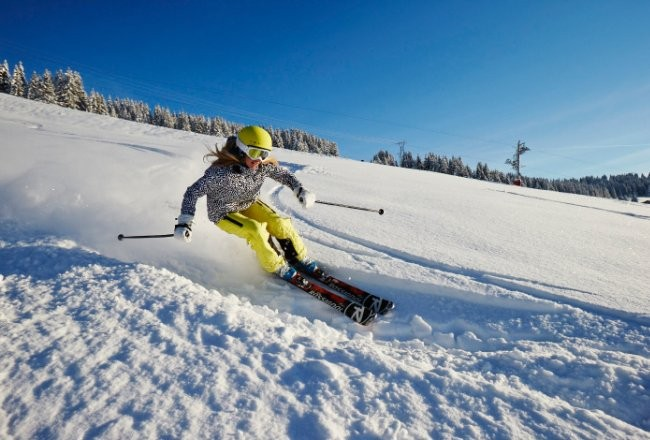 snow ski lust covet slider