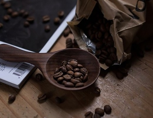 Regram from the lovely @thelondongiftingstudio of one of our walnut coffee scoops in action! #forestandfound #thelondongiftingstudio #woodwork #carving #spoon #scoop #coffee