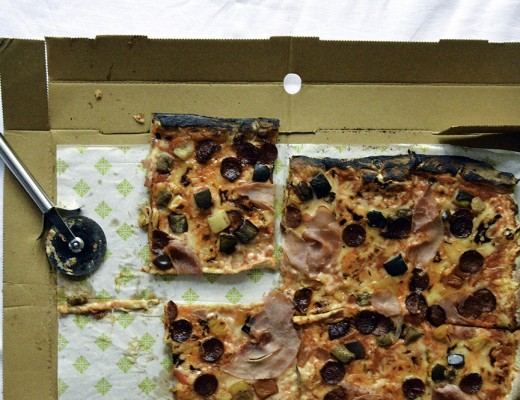 Firezza vegan dairyfree pizza slider