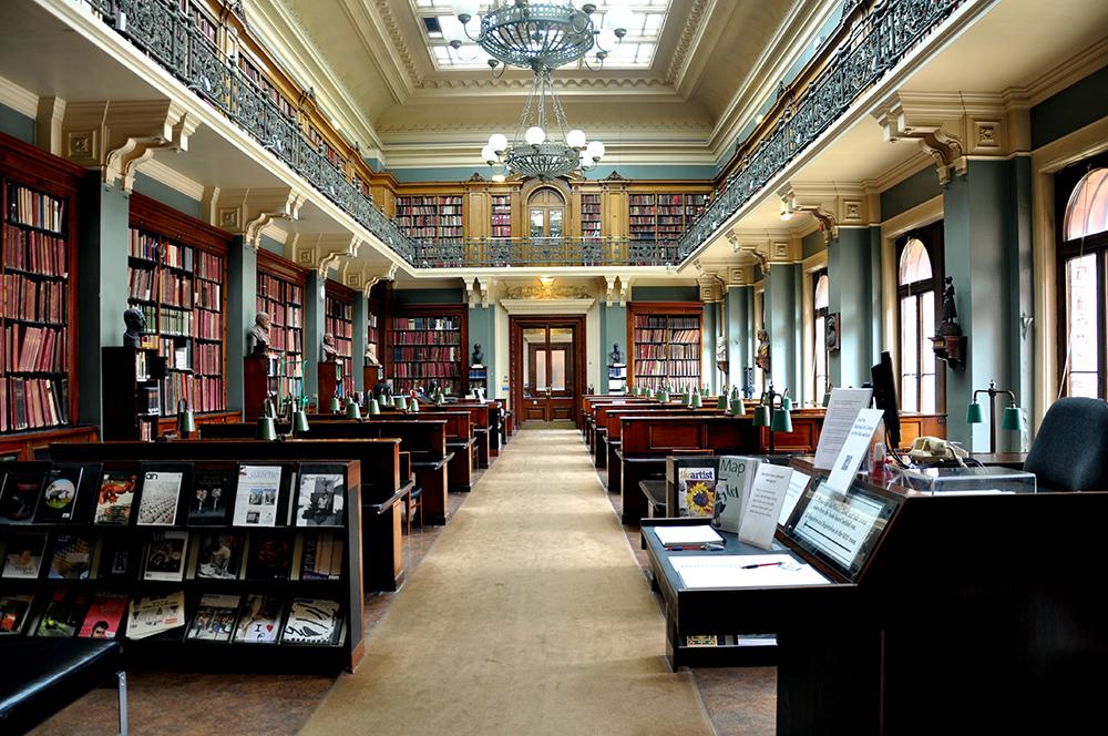 National Art Library V&A