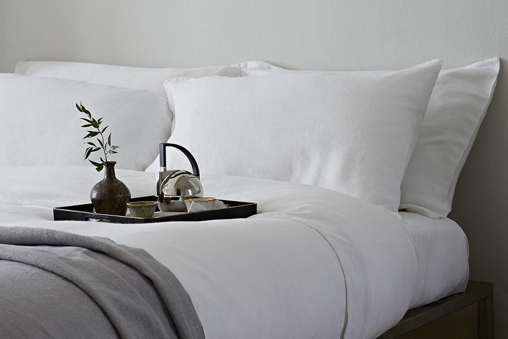 The Fab Flat: Bed Linens